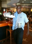 Ocho_Waiter