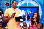 Dwight_Howard_106_Adidas_Shoe_Giveaway
