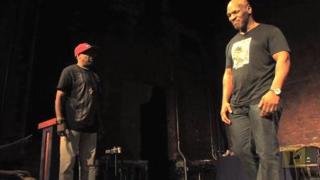 Mike Tyson rehearses